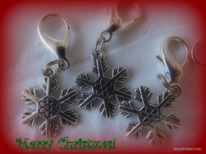 Snowflakes Zipper Pulls Purse Charms