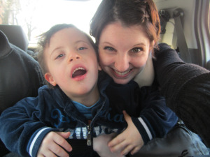 Mama and Simon in the car