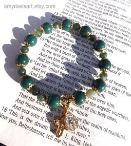 Women's Dark Green and Gold Rosary Bracelet