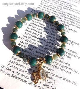 Women's Dark Green and Gold Rosary Bracelet
