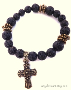 Handsome & stylish men's cross bracelet
