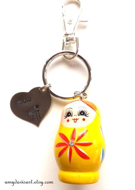 Amy Davis Art keychain DSCF2711-001